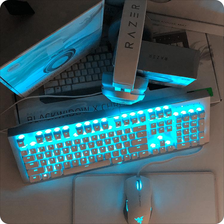 Razer BlackWidow X Chroma w ciemności