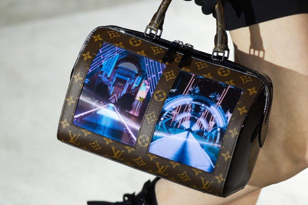Torebka Louis Vuitton z elastycznym wyświetlaczem AMOLED