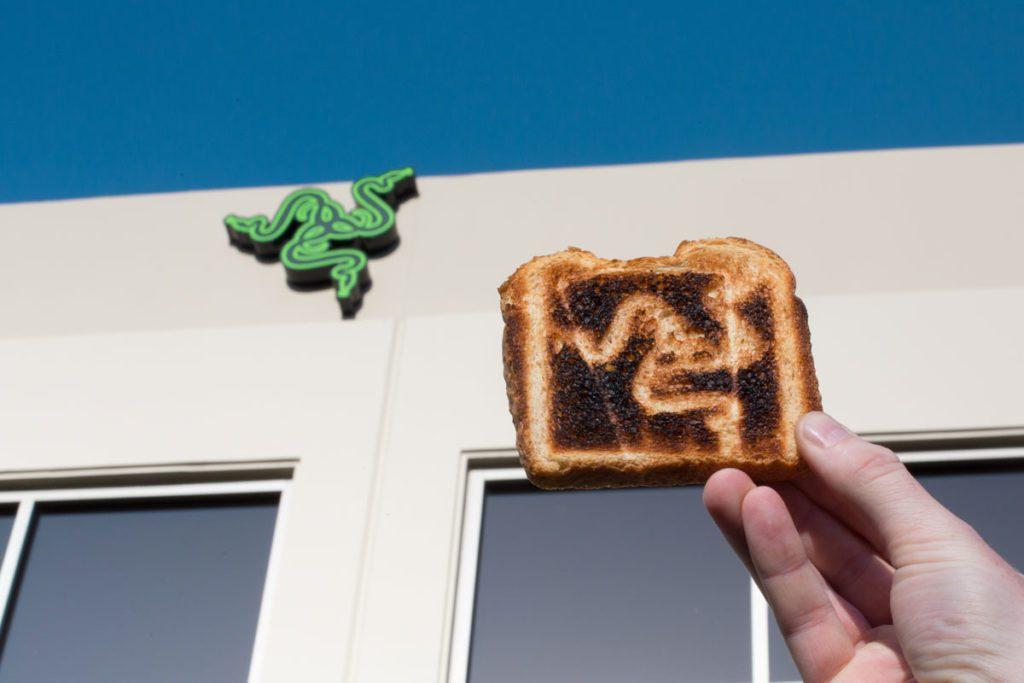 BreadWinner - toster dla gracza