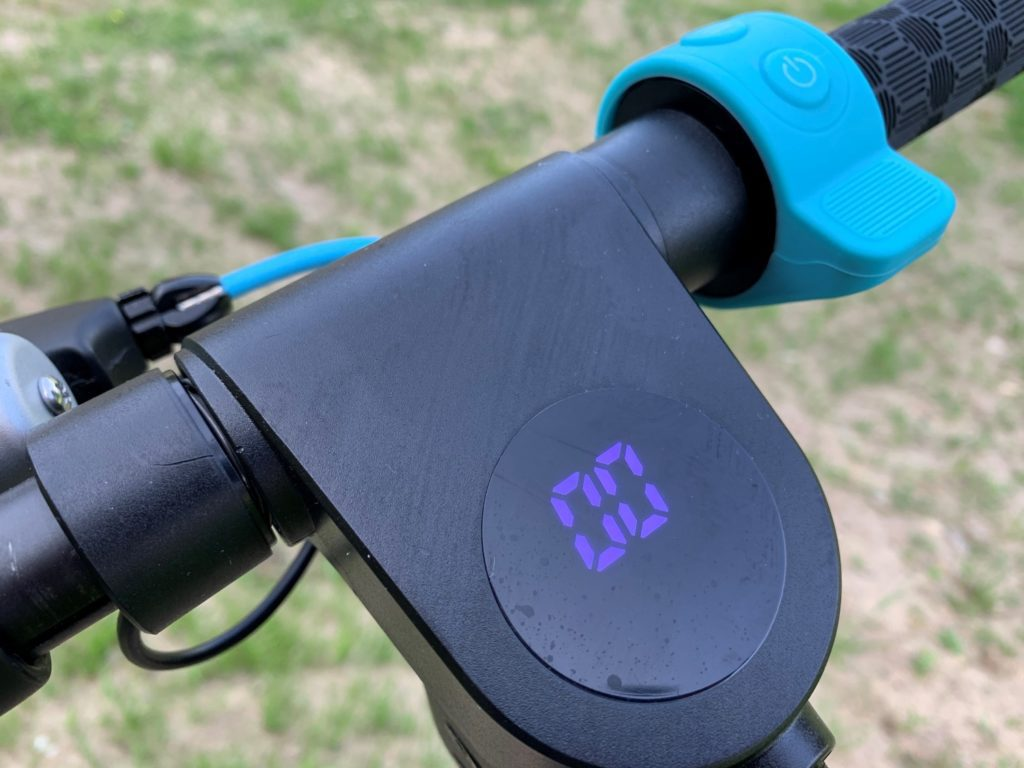 Hulajnoga elektryczna Modus Scooty Power wyświetlacz
