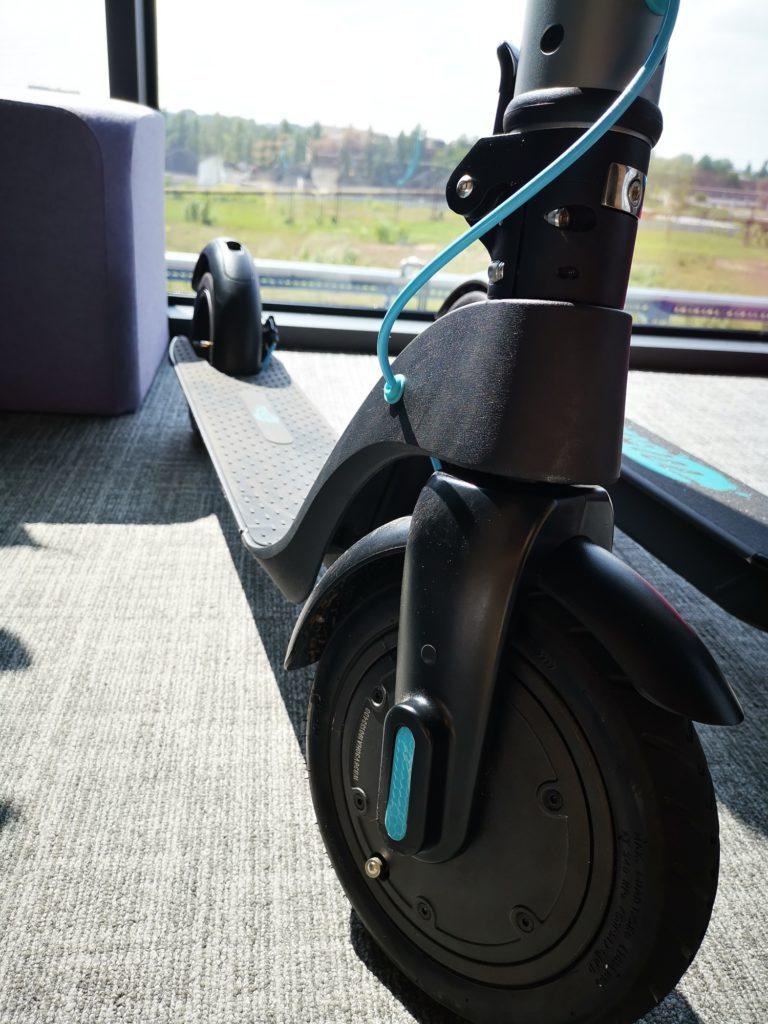 Hulajnoga elektryczna Modus Scooty Power podest