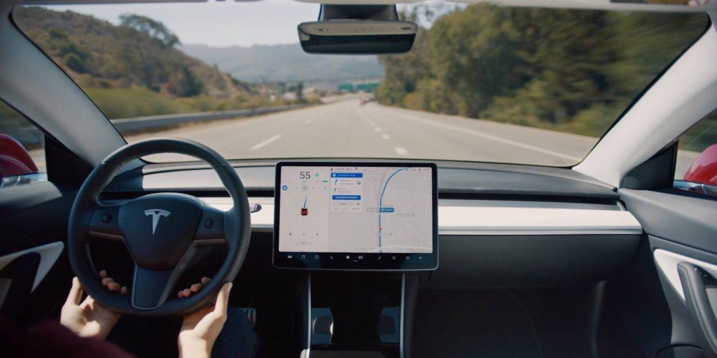 Tesla centrum informacji