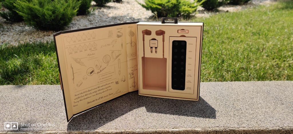 wygląd pudełka 1more E1001