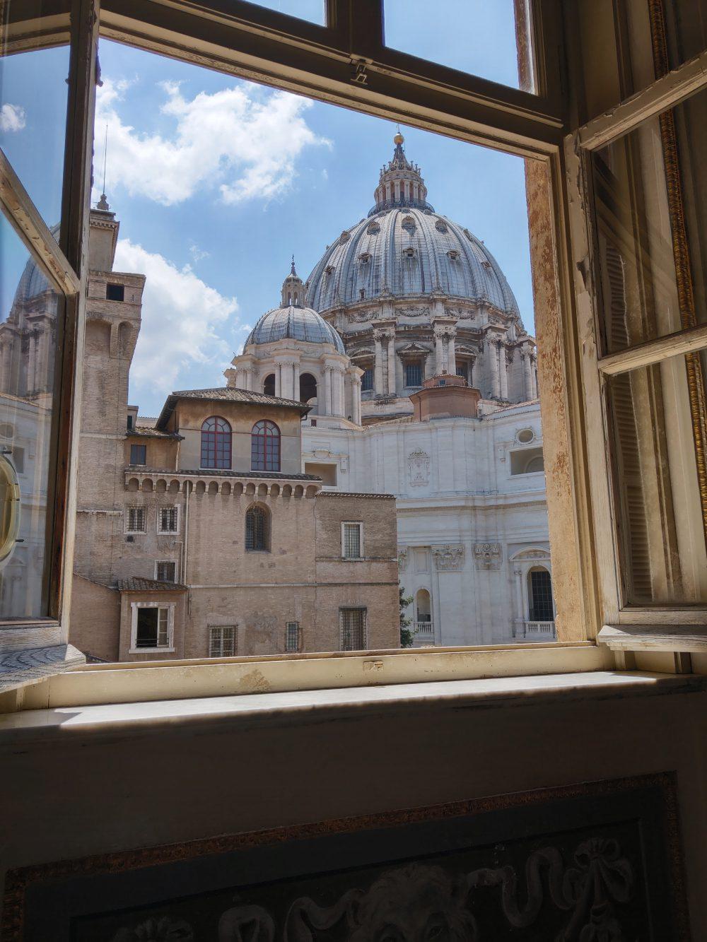 widok z okna muzeum watykańskiego