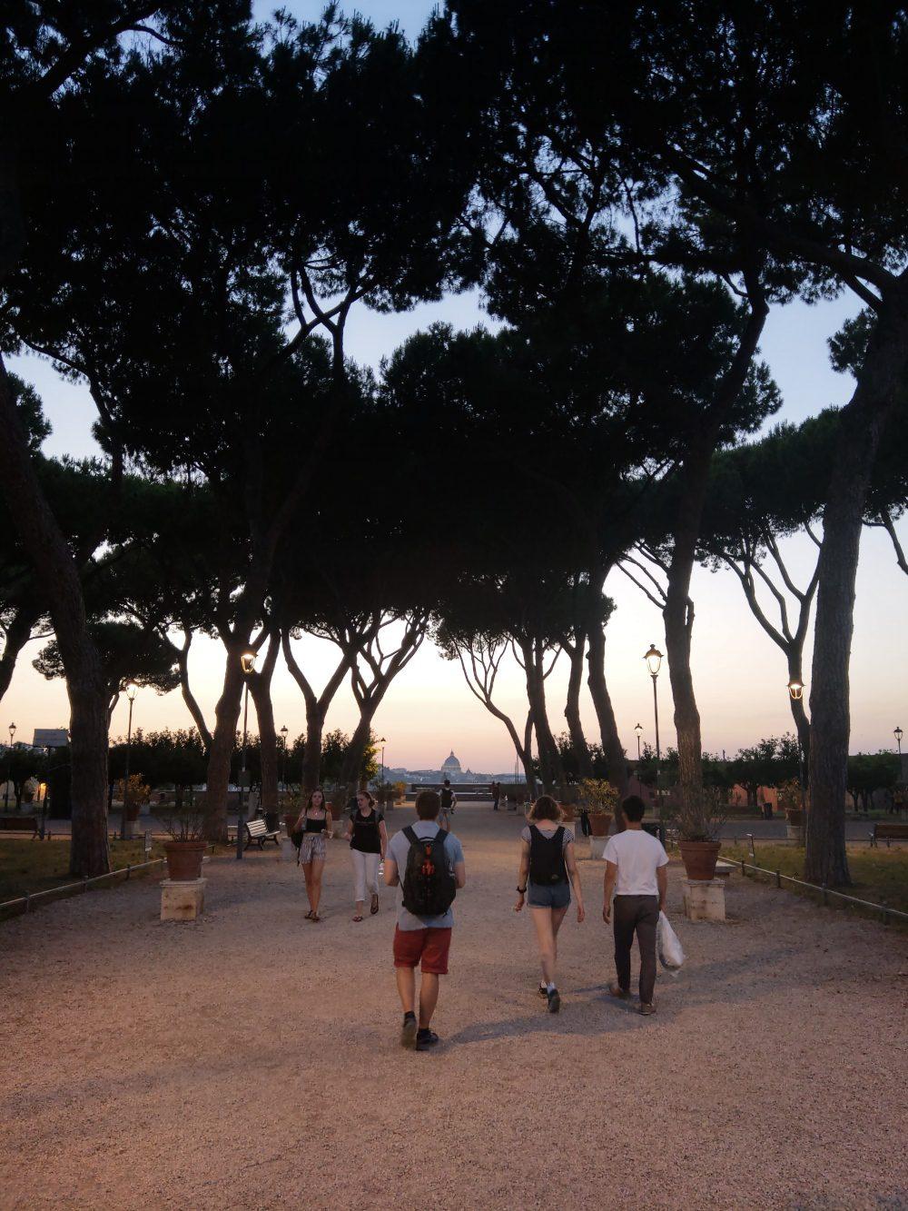 park po zachodzie słońca htc u12 plus