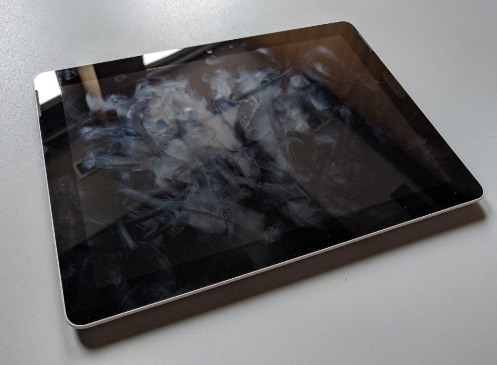Microsoft Surface Go wypalcowany ekran po chwili korzystania