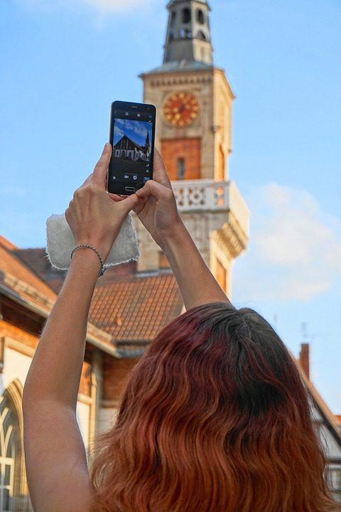 smartfon aparat lato