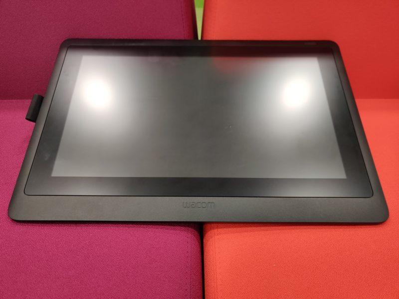 Recenzja Wacom Cintiq 16. Tablet graficzny w zasięgu Twojej ręki