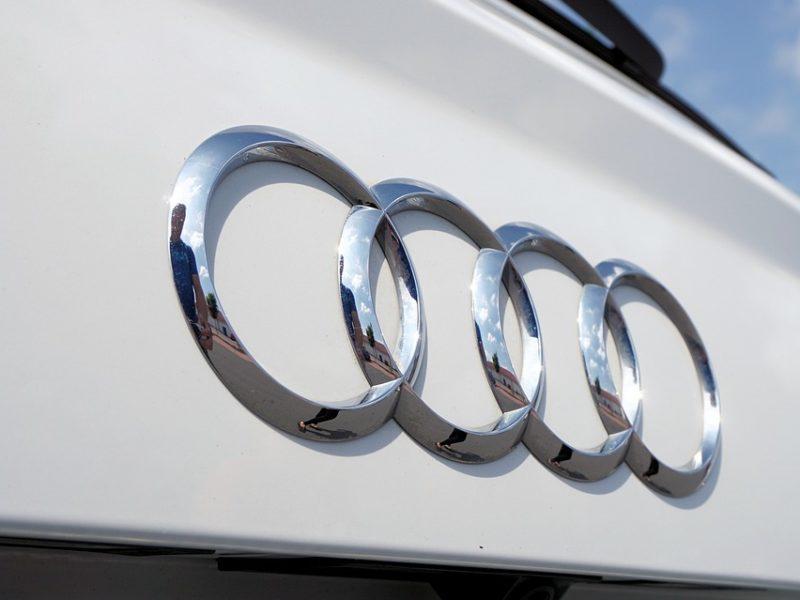 Audi prezentuje swój pomysł na hulajnogę. Oto e-tron Scooter