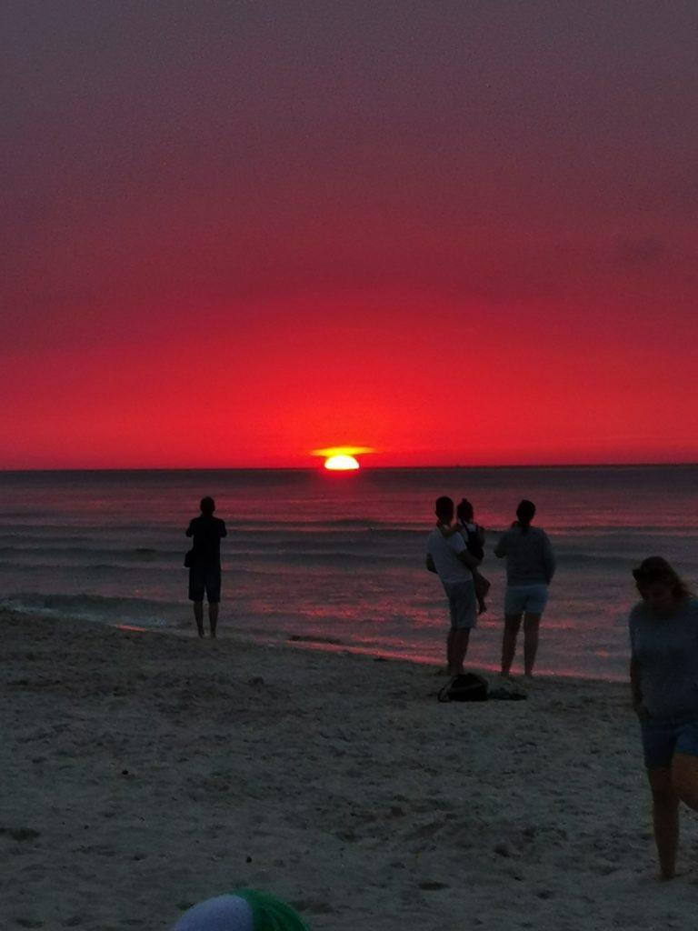 Huawei Mate 20 zachód słońca nad morzem