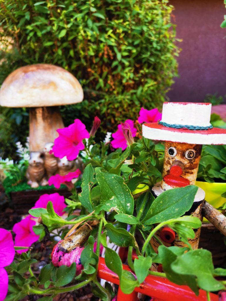 Huawei Mate 20x zdjęcie zieleni i kwiatków