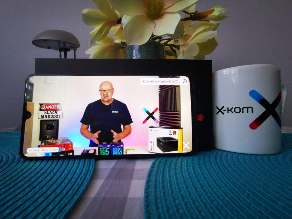 Huawei Mate 20x wyświetlanie filmów na całym ekranie