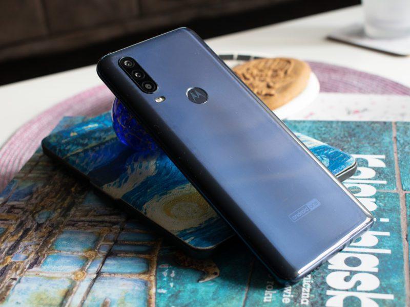 Recenzja Motorola One Action. Komedia, dramat a może smartfon fantastyczny?