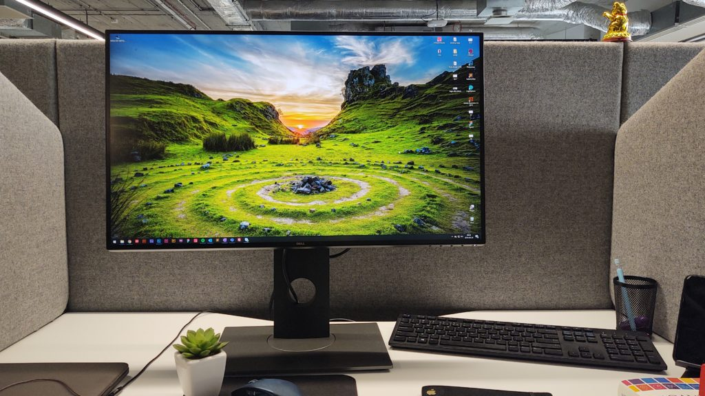 monitor dell U2717D infinityedge