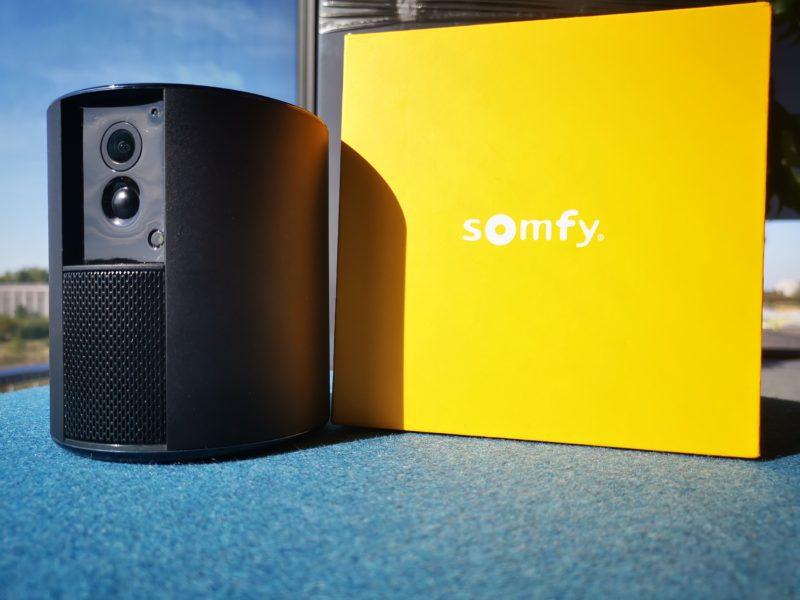Something about Somfy One. Recenzja bardzo dyskretnej kamery