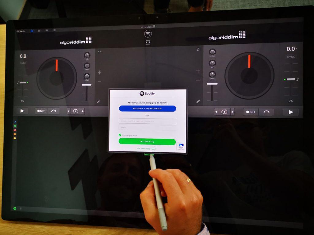 Microsoft Surface Studio 2 miksowanie muzyki