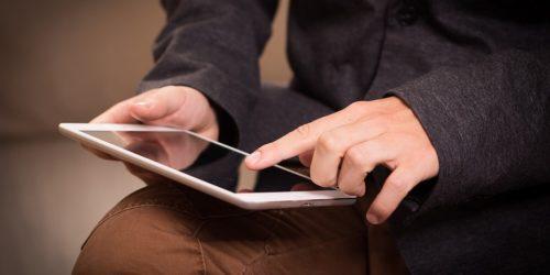 TOP 4 aplikacji do czytania na smartfon i tablet