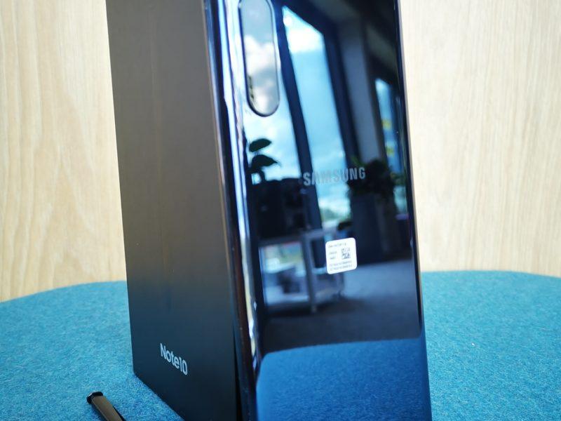 Samsung Galaxy Note 10. Recenzja czarująco poręcznego giganta