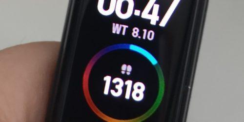 Test i recenzja Xiaomi Mi Band 4. Czy opaska za niespełna 150 zł może być idealna?