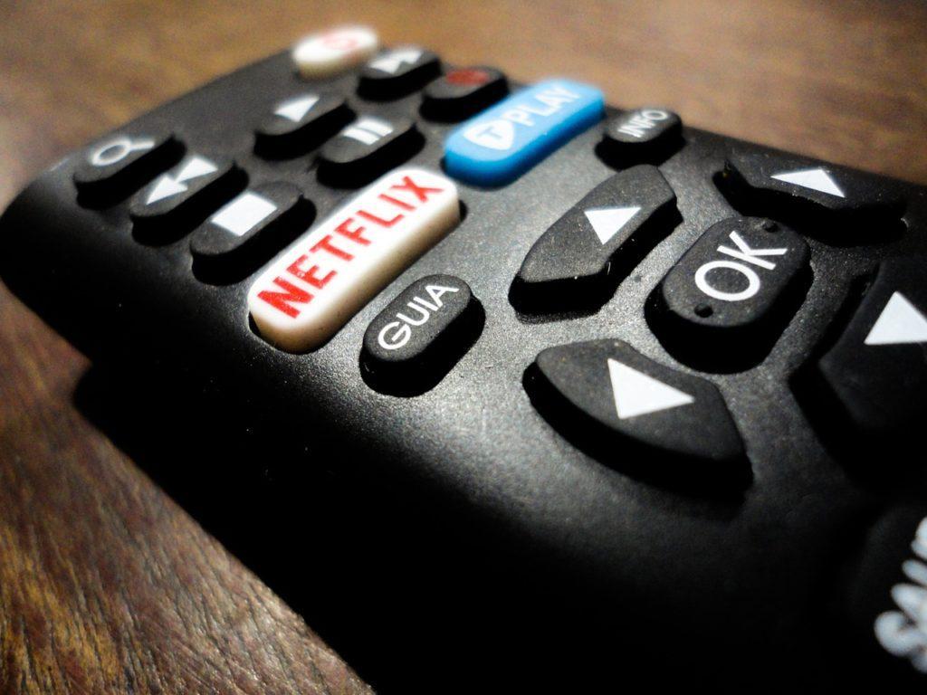 Pilot do telewizora z przyciskiem Netflix