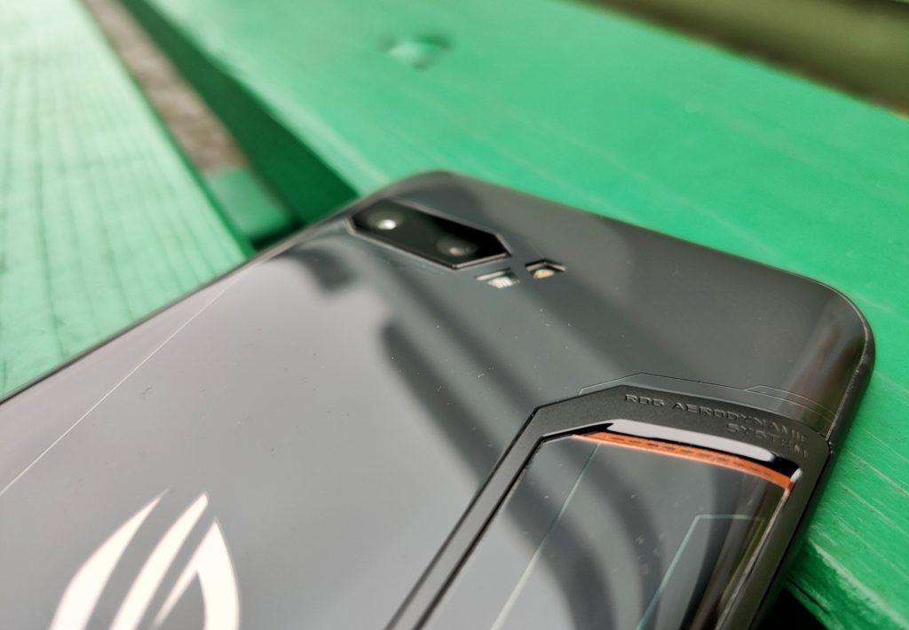 ASUS ROG Phone II chłodzenie i aparat