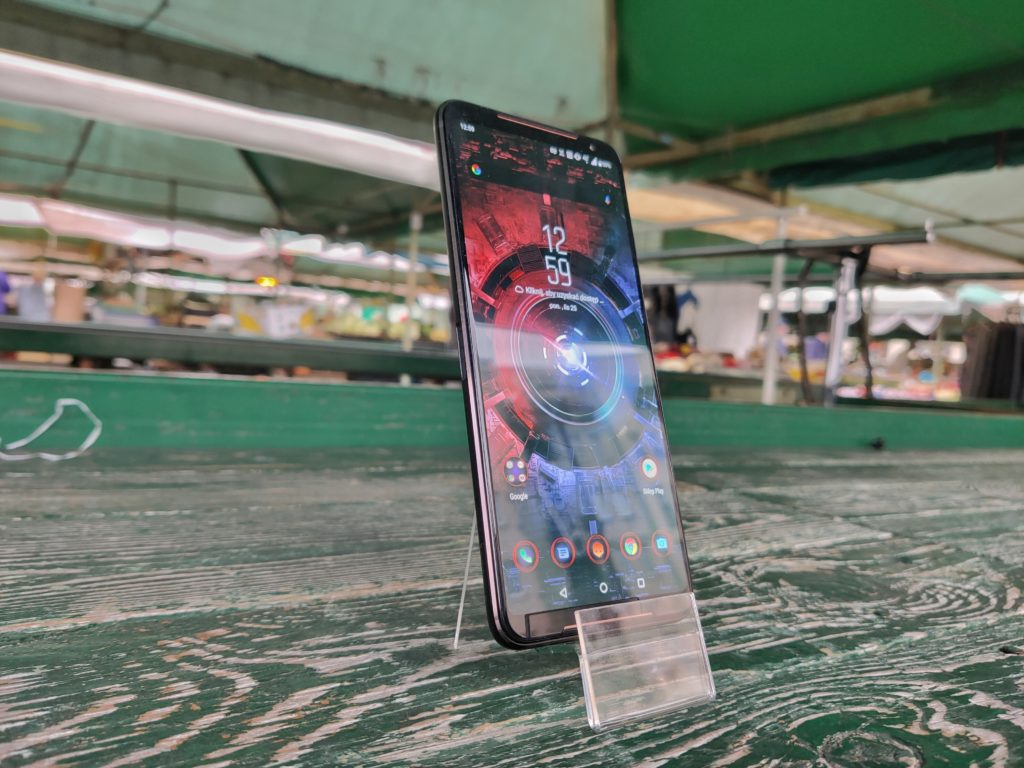 ASUS ROG Phone II ekran