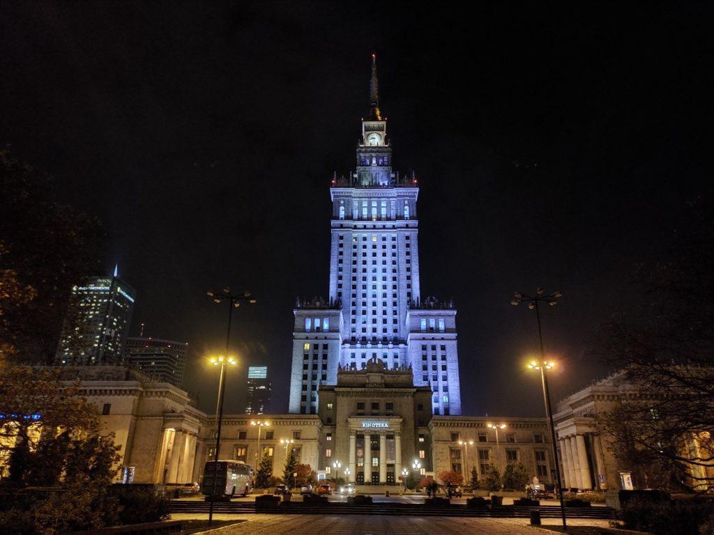 Zdjęcie z ASUS ROG Phone II Pałac Kultury nocą