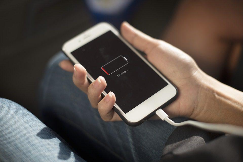 bateria w smartfonie