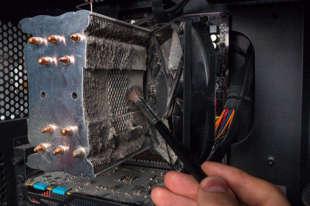 Kurz w radiatorze chłodzenia CPU