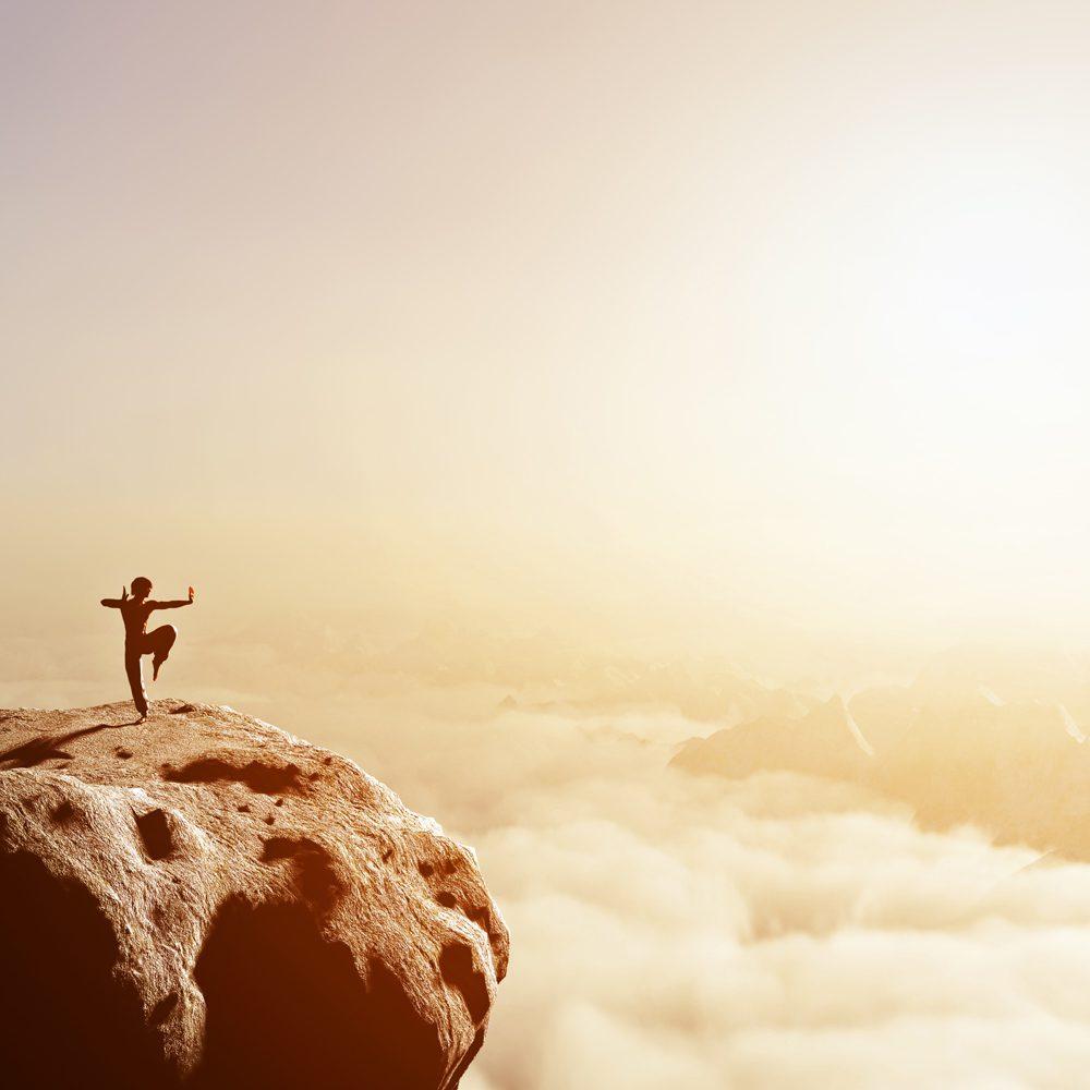 trening koncentracji na szczycie góry