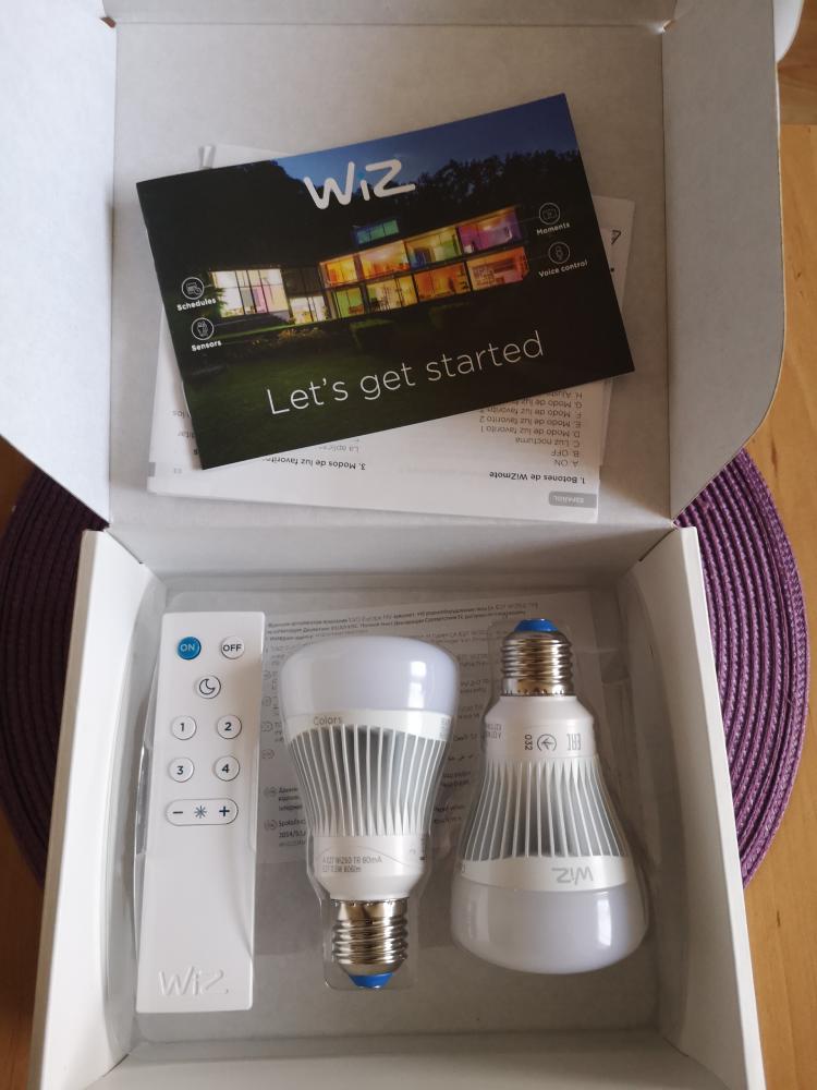 WiZ Colors RGB LED WiZ60 TR (E27/806lm) 2szt.+pilot zestaw geex