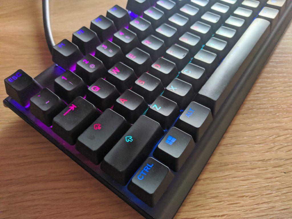 SteelSeries Apex Pro Omnipoint podświetlenie klawiatury