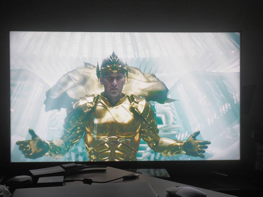 scena pokazująca działanie trybu hdr w telewwizorze sony55xg9505