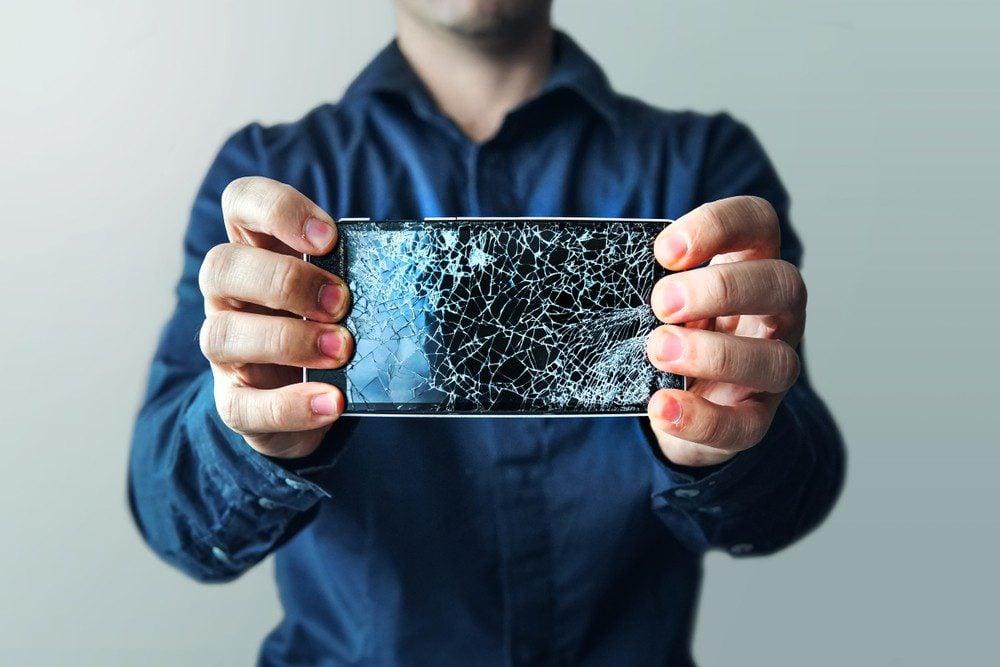 Jak odzyskać dane z uszkodzonego smartfona