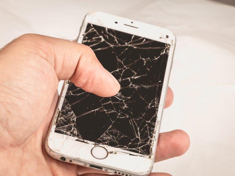 Jak odzyskać dane z uszkodzonego smartfona? Oto 3 proste sposoby