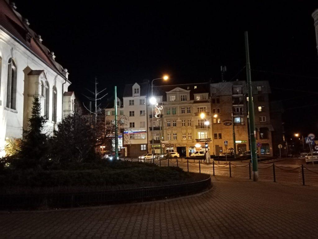 Zdjęcie nocne z Huawei Y6s Poznań