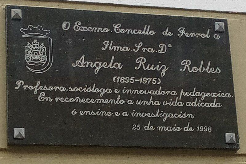 Angela Ruiz Robles Tablica Pamiątkowa