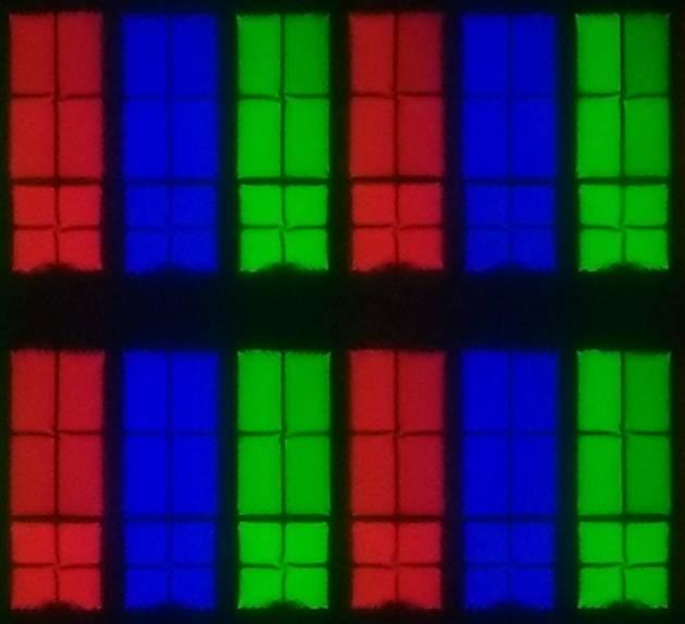 wygląd pikseli matrycy samsunga 55ru8002 w wersji pierwszej