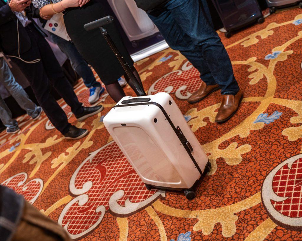 CES 2020 inteligentna walizka ovis