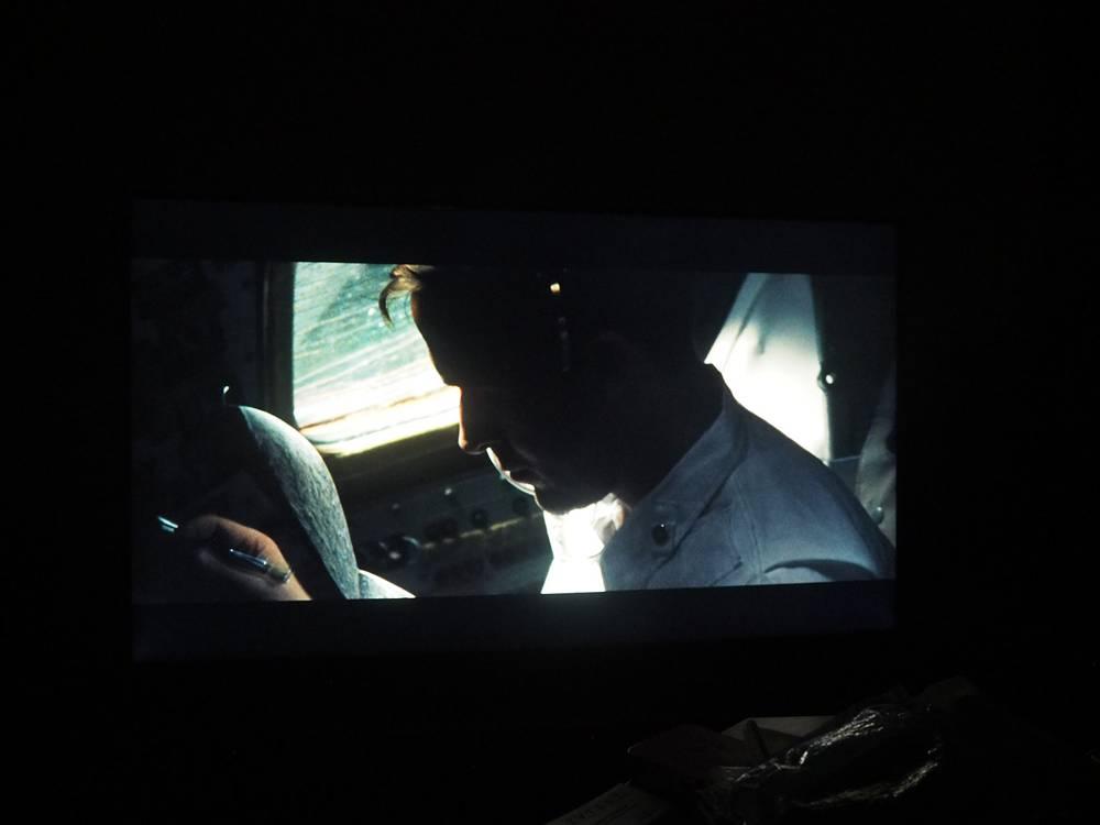 przykładowa scena filmowa na ekranie samsunga 55ru8002