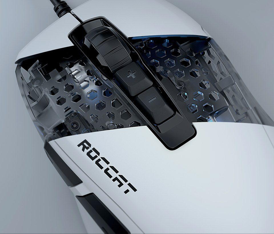 Roccat Kone Pure Ultra konstrukcja plastra miodu