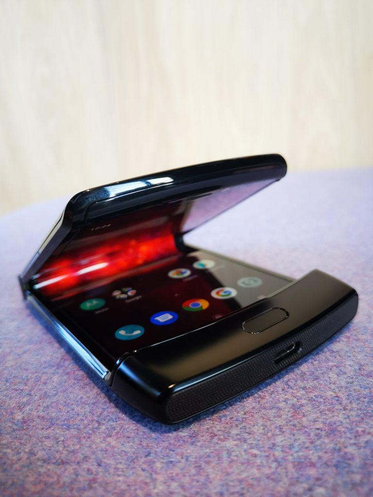Smartfon Motorola Razr