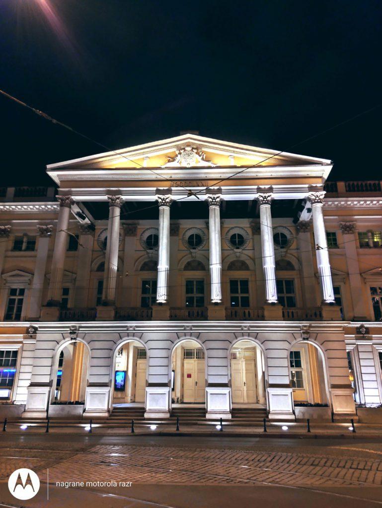 Zdjęcie nocą Motorola Razr