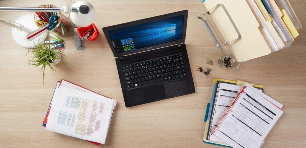 Windows 10 laptop do nauki