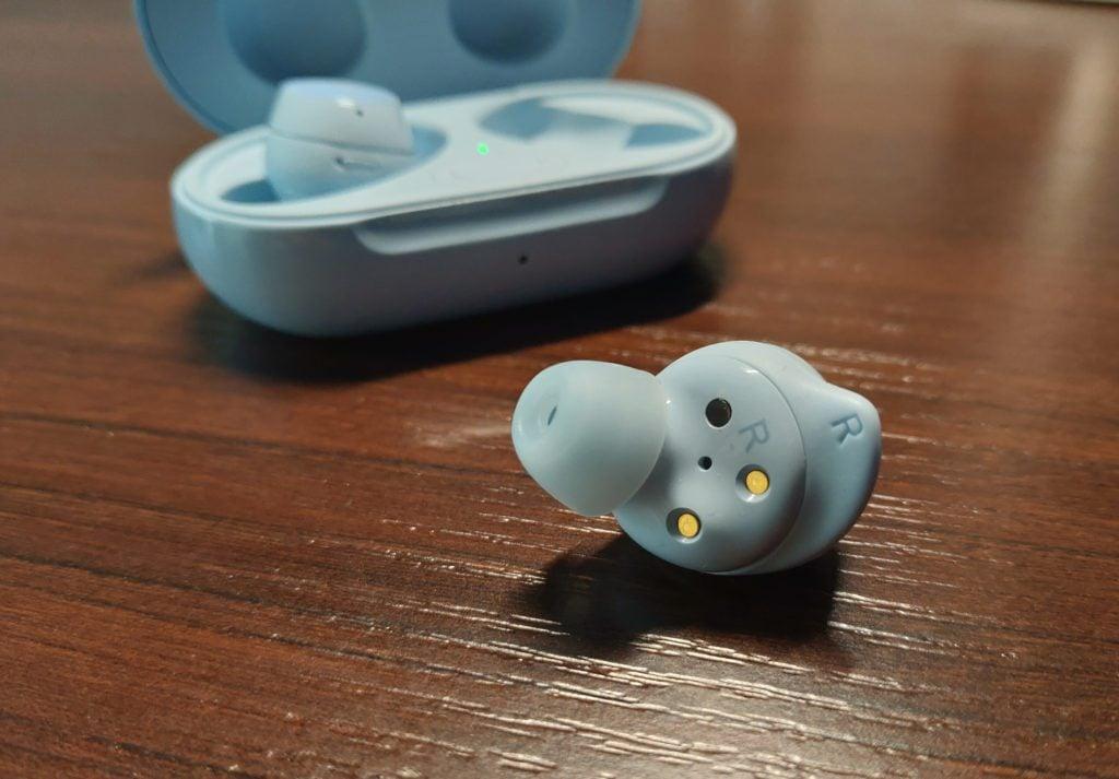 Samsung Buds+ spód słuchawek