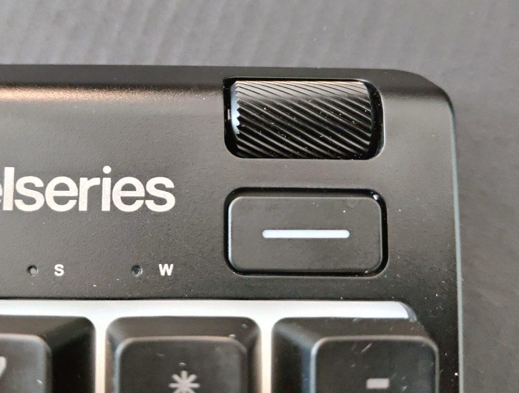 SteelSeries Apex pokrętło zmiany głośności