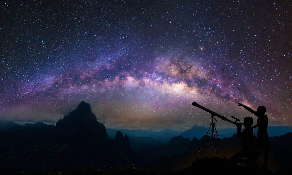 obserwacja nocnego nieba