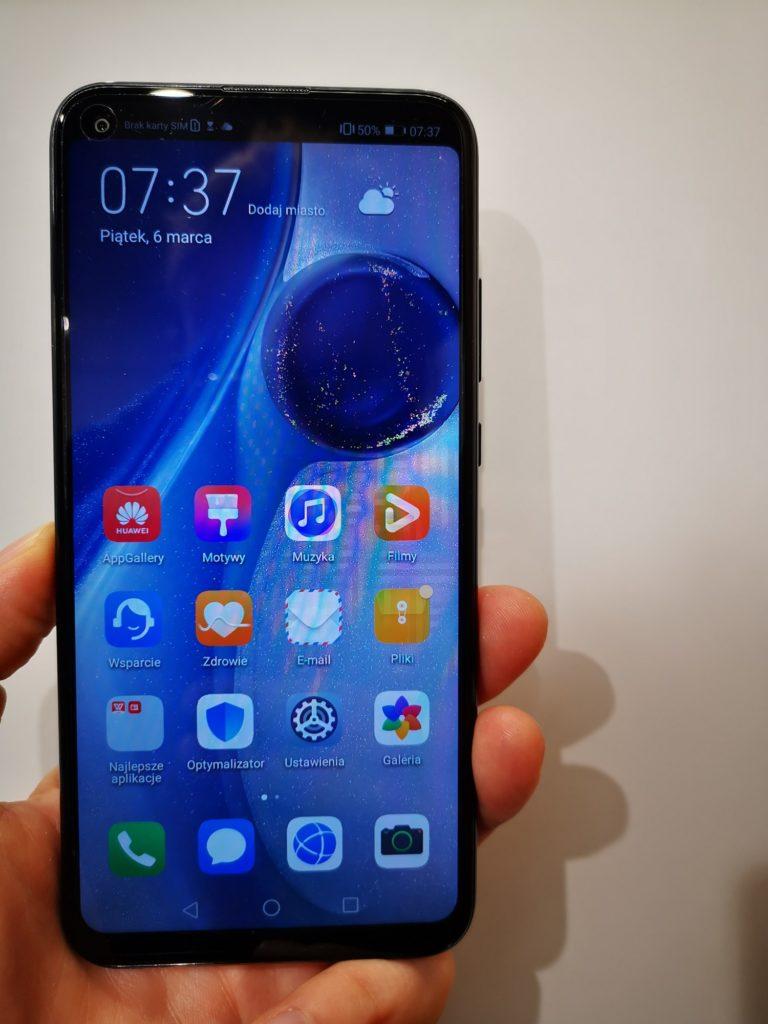 Huawei P40 Lite E zasłonięta kamera selfie
