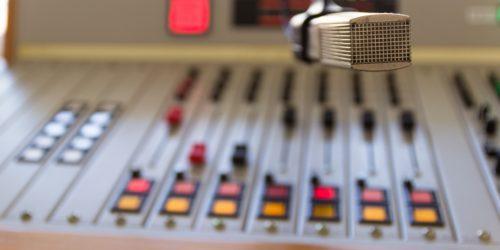 Podcasty sportowe, które warto sprawdzić, gdy większość rozgrywek sportowych i tak jest wstrzymana lub odwołana