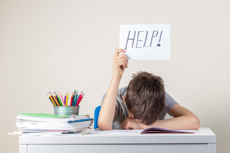 Jak pomagać dziecku, aby go nie wyręczać